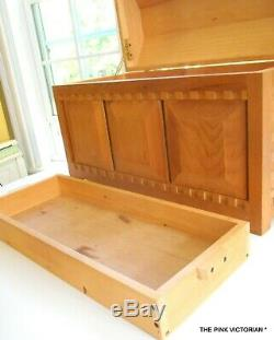 American Girl Doll 1997 Josefina Collection, One Of Kind Cedar Chest, Holiday Gift
