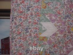 Antique Quilt One Of A Kind Pattern Fantastic Quilting Fantastic Pastel Colors