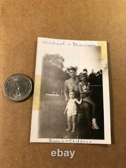 Ronald Reagan Rare One of a Kind Candid Photo Shirtless withHis Kids 40s