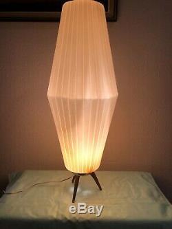 Vintage Beehive MCM Tripod Pleated Plastic Lamp 25 Tall One of a kind