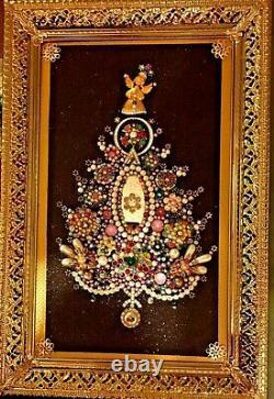 Vintage Jewelry Framed Christmas Tree Holidays One Of A Kind Artwork Decor