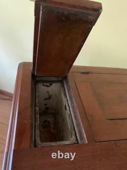 Boîte À Glace Antique Très Ornée & Un D'un Type