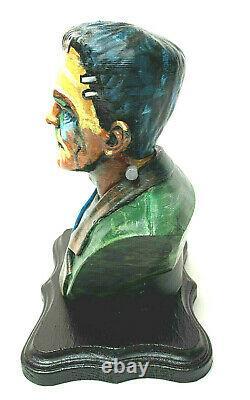 Conception D'artiste One Of A Kind Frankenstein Peinte À La Main Buste Base En Bois