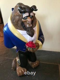Énorme Disney Beast Sur La Base Statue. Une Résine Du Genre 23