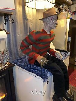 Grandeur Nature Freddy Krueger Horror Doll Mannequin One Of Kind Look! Séance Impressionnante