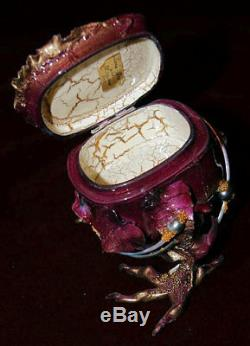 L'un D'une Boîte Kind Fedoskino Laque Un Conte De Baba Yaga Par Shenshin