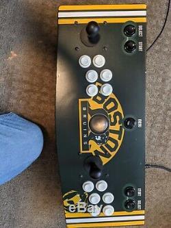 L'un D'une Machine D'arcade Type Personnalisé. Plus De 9000 Jeux D'atari À Dreamcast