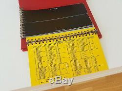 Livre 1954 Buick Colours & Fabrics - Album De Garnitures Intérieures De Loisirs