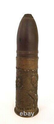 Obus D'artillerie Original Sculpté À La Main Dans Les Tranchées De La Première Guerre Mondiale, Unique En Son Genre