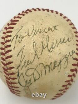 One-of-a-kind Signé Baseball! Pres. Nixon, Dimaggio, Maris, Willie Nelson+ (jsa)