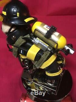 Ornement De Capot Un D'une Sorte De Sapeur-pompier Mack Truck Bulldog