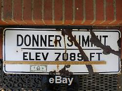 Panneau De Signalisation De Route Donner Summit California Avec Élévation Authentique Unique En Son Genre