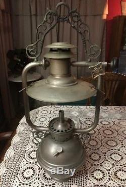 Rare Lampe Vintage Suspendue À La Nulite National Stamping Company À Chicago Unique En Son Genre