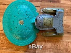 Star Trek Uss Enterprise 1701-d Un Prototype De Pré-production De L'usine D'une Sorte