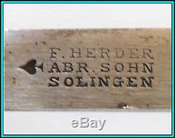 Un Couteau Unusuel De Type F. Herder Abr. Sohn Solingen 35 CM