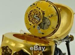 Un D'une Sorte Antique Française Verge Fusée Calendrier Memento Mori Horloge De Bureau Crâne