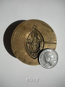 Un D'une Sorte Très Vieux Mold De Bronze Chrétien Jésus Christ Eye Pendentif Charm