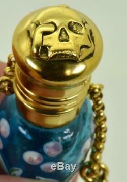 Un D'une Sorte Victorienne Verre Bleu Bouteille De Poison. En Plaqué Or De Crâne Bouchon De C1860
