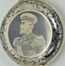 Un De L'argent Et Nielle Montre D'un Sorte Première Guerre Mondiale Officier Militaire Bulgare. Prix par Le Roi