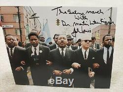 Un De Nature John Lewis A Signé La Main Martin Luther King Selma Mars 8x10 Avec Jsa