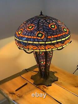 Un Des Types Mosaic Peacock Tiffany Lighted Base Table Lamp /heavy