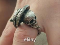 Un Rare De Nature Que Ce Soit Amazing Anciennes De Memento Mori Crâne Bague En Argent