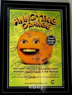 Un Rare De Nature Que Ce Soit Annoying Orange Cast Affiche Signée Prix Du Concours Youtube