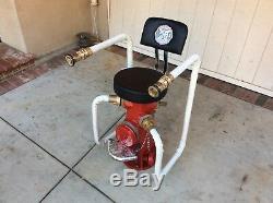Une Bouche D'incendie Unique En Son Genre
