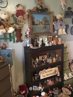 Une Collection Unique Et Magnifique D'ours En Peluche