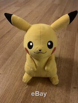 Unique Pokemon Collection. Pikachu En Peluche Signée Par Ken Sugimori. Unique En Son Genre
