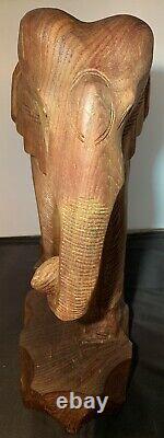 Vintage Grand Éléphant En Bois Statue Main Sculptée Solide Bois Un D'un Type