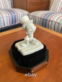 Wdcc Unique D'une Sorte De Jiminy Sous Verre Cadeau À L'artiste + Dossier D'origine Wdcc